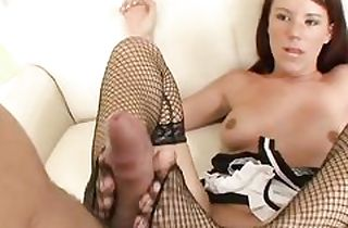 Housemaid girl foot loves and sucks dick