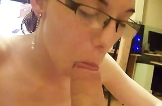 Homemade blowjob princess in glasses pov